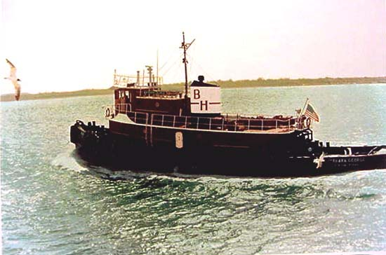 Texas Tug by Ronald Kleeman