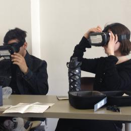 students using the virtual reality viewers